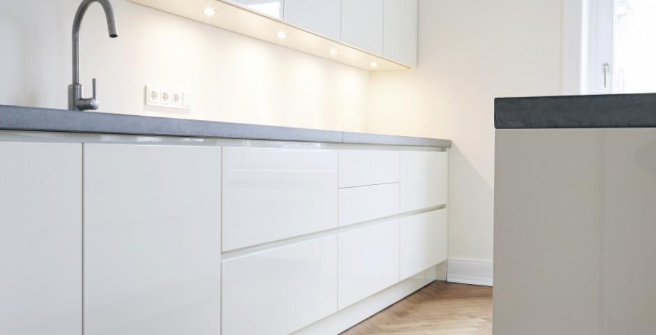 hochglanz k che chapo ihr tischlerei. Black Bedroom Furniture Sets. Home Design Ideas